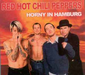 Red Hot Chili Peppers - Horny In Hamburg ( Rooftop Of Saturn Department Store , Hamburg , Germany , June 7th , 2002 )